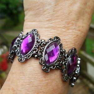 Classy antique purple bracelet look